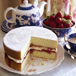 Image from www.saveur.com/article/Recipes/Victoria-Sponge-Cake